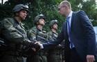 Яценюк підтримав зміну керівництва оборонних відомств