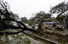 На востоке Китая отменены сотни авиарейсов из-за тайфуна