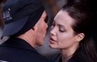 Бывший муж Анджелины Джоли назвал жизнь с актрисой безумием