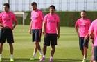 Партнеры Суареса по Барселоне попросили не кусать их на тренировке