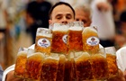 Физики разобрались, почему пиво устойчиво к проливанию