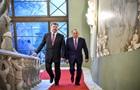 Для себе і для Путіна. Навіщо Лукашенко і Назарбаєв приїжджали до Києва