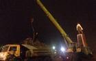 В Запорожье вокруг памятника Ленину строят забор