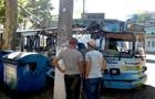 В Одессе троллейбус с пассажирами влетел в дерево