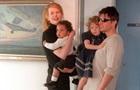 Прийомна дочка Ніколь Кідман і Тома Круза не покликала батьків на весілля