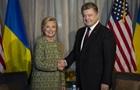 Порошенко: Клинтон много знает об Украине