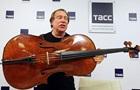 Ролдугін показав віолончель з оповіді Путіна