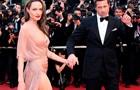 Семейство Питт-Джоли отправили к психотерапевту - СМИ