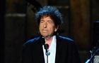 Жюри Нобелевской премии возмущено молчанием Боба Дилана