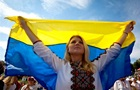 Кожен третій українець хоче виїхати з країни