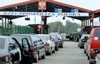 У чергах на кордоні з Польщею стоять майже 900 авто