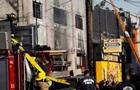 В Окленді тривають рятувальні роботи після пожежі