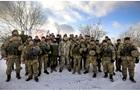 Порошенко поздравил военных с 25-летием ВСУ