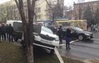 В Мариуполе в ДТП с участием копов попали пять авто