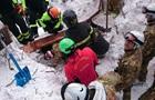 В Италии в накрытом лавиной отеле нашли еще четырех выживших