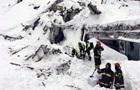 Число погибших под лавиной в Италии выросло