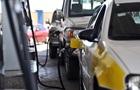 В Магадане 95-й бензин продают только по талонам