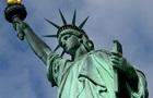 На статую Свободи у США повісили вітальний банер для біженців