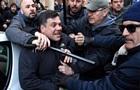 В Риме протестующие таксисты подрались с полицией