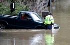 В Калифорнии город ушел под воду, идет эвакуация