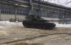 В Харькове Гройсману показали танк Оплот