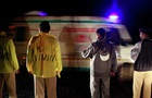 В Индии автобус упал с моста: восемь жертв