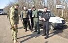 Поліція оголосила про перекриття всіх доріг до ЛДНР