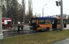 В Полтаве на остановке загорелся автобус