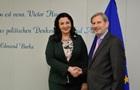 Єврокомісар засудив зміни в закон про е-декларування