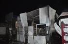 В Нежине три часа тушили пожар на рынке