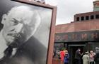Ельцин собирался снести мавзолей Ленина - экс-премьер РФ