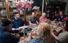 Цукерберг неожиданно приехал на ужин к обычной семье