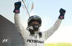 Пилот Mercedes Боттас – победитель Гран-при России