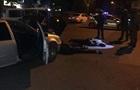 У Кропивницькому затримані три авто з 13 озброєними чоловіками
