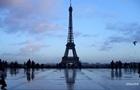 Теракт в Манчестере: Эйфелева башня погасила огни