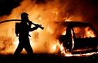 В Москве на складе сгорели почти 30 машин