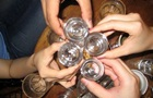 Семеро подростков отравились алкоголем на Львовщине