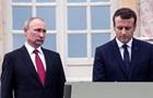 Макрон при Путіну назвав держканал РФ неправдивим