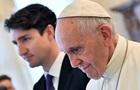 Премьер Канады попросил от Папы Римского извинений