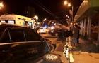 В Харькове после ДТП авто влетело в выход из метро