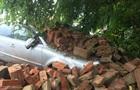 У Мукачеві біля ратуші завалилася стіна
