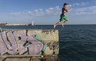 В Крыму 10 тысяч человек остались без света