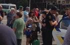 В Запорожье произошла стрельба на остановке, есть пострадавшие