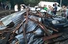 В центре Львова ветер срывал крыши и ломал деревья