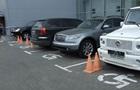 Порошенко подписал закон о штрафах за парковку на местах инвалидов