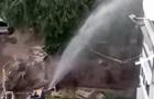 В Харькове прорыв трубы: вода залила многоэтажку