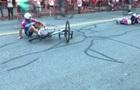 Епічний фініш велогонщика зробив його героєм Youtube