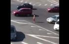 Прогулянку голої жінки в Києві зняли на відео