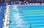 Плавець проігнорував старт, на самоті залишившись стояти над басейном