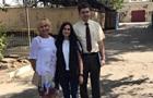 К Сущенко в СИЗО пустили жену и дочь